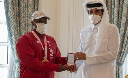 HH the Amir grants Al Wajbah Decoration to Qatar's Paralympic bronze medalist Abdulqadir