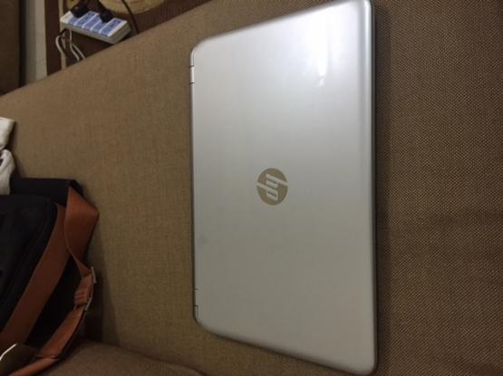 hp pavilion like new with 2000 QR