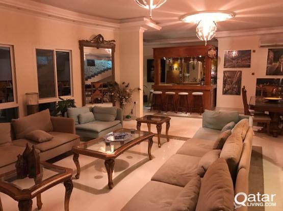 Ensuite rooms in fantastic West Bay Lagoon Villa