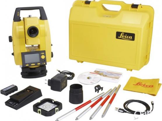 Leica surveyor equipment