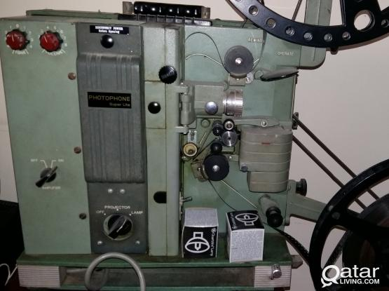 16mm Projector   Antique Collectors Item | Qatar Living