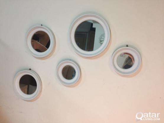 5 circle mirror decoration