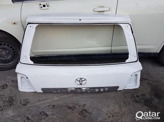 Land Cruiser 2014 Rear Trunk