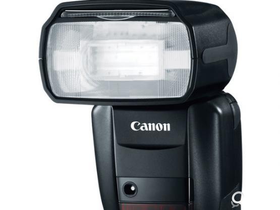 CANON 600 EX RT FLASH
