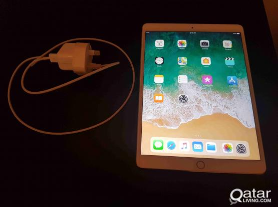 Apple 10.5-Inch iPad Pro (Latest Model) with Wi-Fi - 64GB - /1