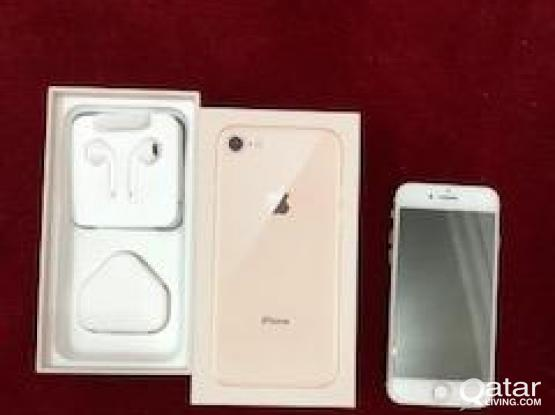 Apple iPhone 8 64GB Gold with bill and warranty