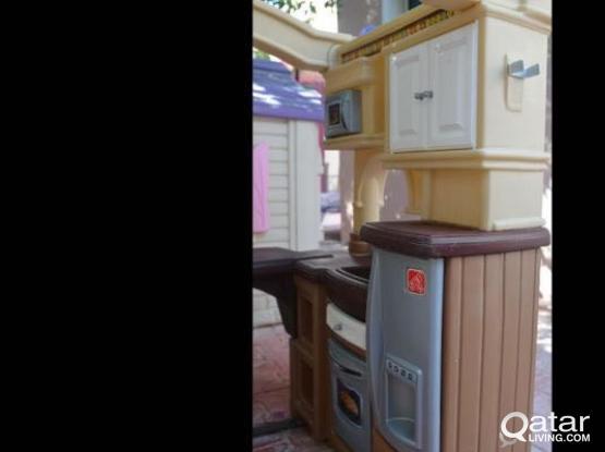Step2 Walk-in Toy Kitchen