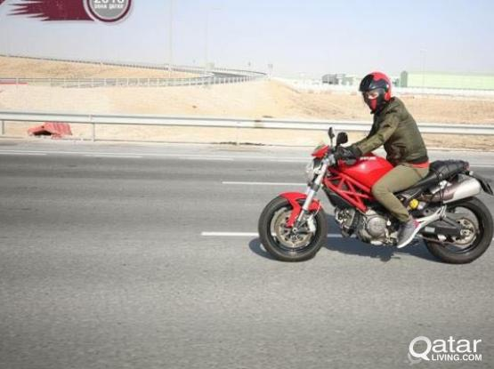 Ducati Monseter 696 2010