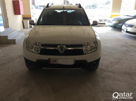 RENAULT DUSTER 2013 as new