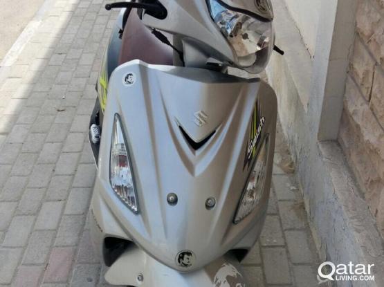 Suzuki Motorcycle IN 125 2017