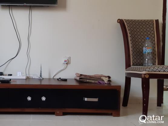 TV Table for QR150 Call 66096789