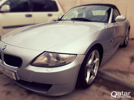 CONVERTIBLE BMW Z4 PERFECTLY USED LOW MILEAGE