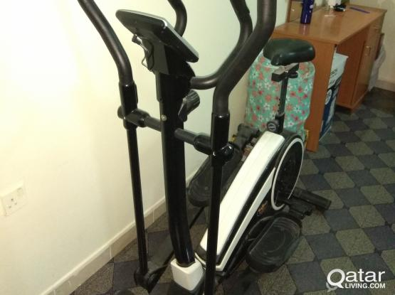 Cross Trainer Exercise Fitness Machine - Cycle / Stepper