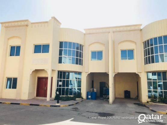 6 Bedroom Compound Villa For Rent in Al Wakrah