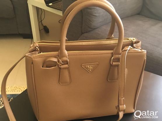 used high copy hand bag