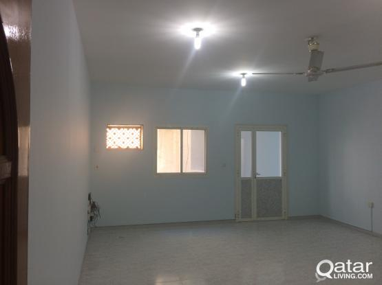 2 bedrooms unfurnished flat at mansura