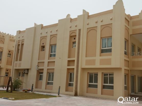 5 Bhk UF Compound Villa For Rent In west bay Lagoon