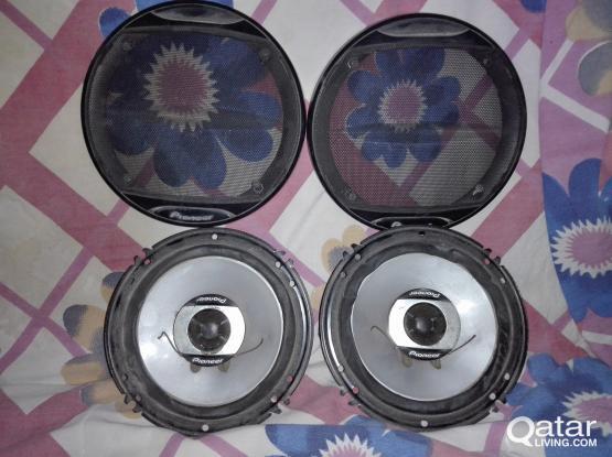Speakers Pioneer and car tape