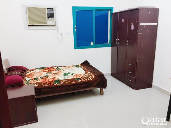 ROOM  RENT FOR EXECUTIVE BACHELOR   AT  NAJMA  & OLD AIR PORT