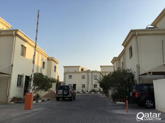 3 Bhk compound villa for rent in hilal