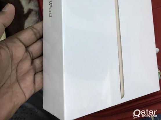 Apple iPad 9.7-Inch 5th Gen (Wi-Fi+Cellular)128 GB Sealed Pack