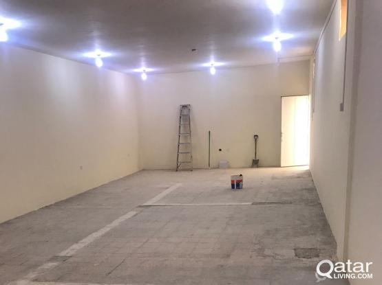 Store+Office 100 SQM For Rent in Industrial area St 47