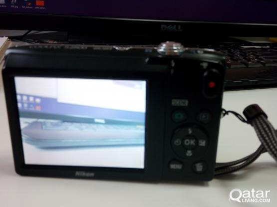Nikon Coolpix Camera S2800 20MP 5x Zoom