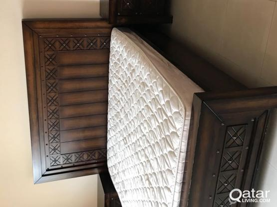 Bedroom set (bed + dresser + 2 side tables )