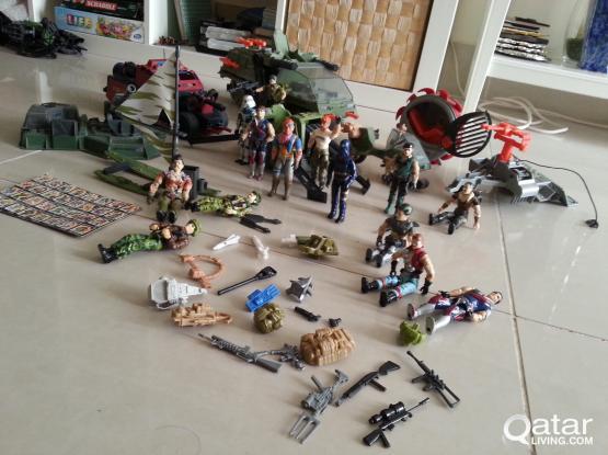 Hasbro 1986 - 1987 Gi Joe Figurines + Vehicles