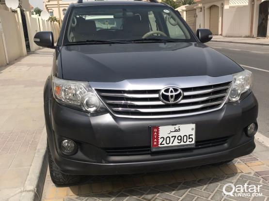 Toyota Fortuner SR5 2015