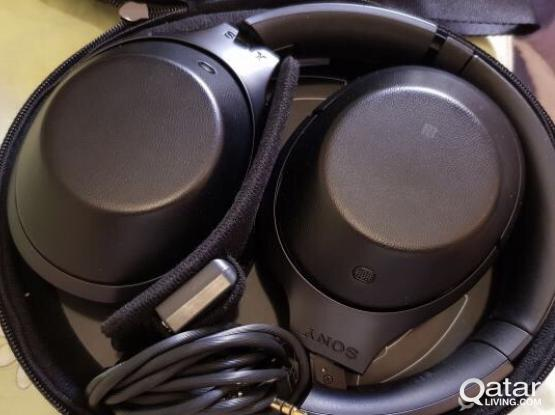 Sony MDR 1000x Noise Cancelling Wireless Headphones