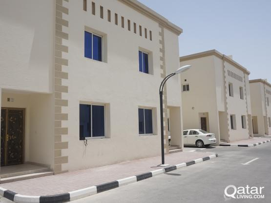 ***NO COMMISSION**7 BEDROOM VILLA FOR EXECUTIVE BACHELORS IN AZEEZIA