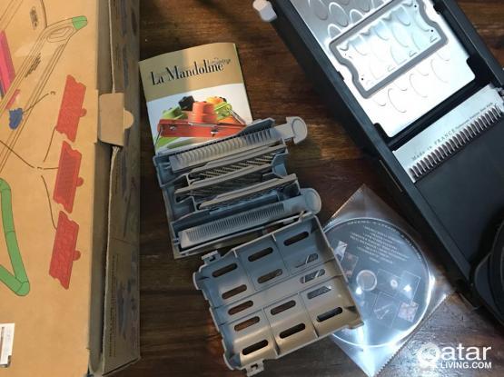 La Mandoline - multi attachment food slicer