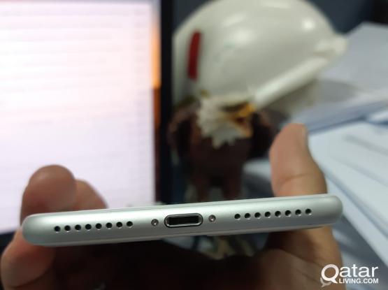 Urgent Sale iPhone 8Plus 64 GB Silver