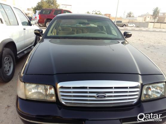 Ford Crown Victoria 2002