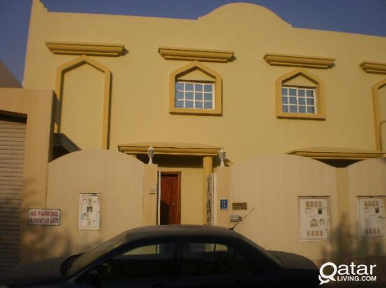 5 BR Villa in Hilal - Suitable for Executive Bachelors