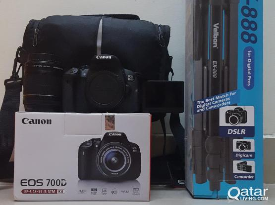 Canon 700D/EOS Rebel T5i with Tripod