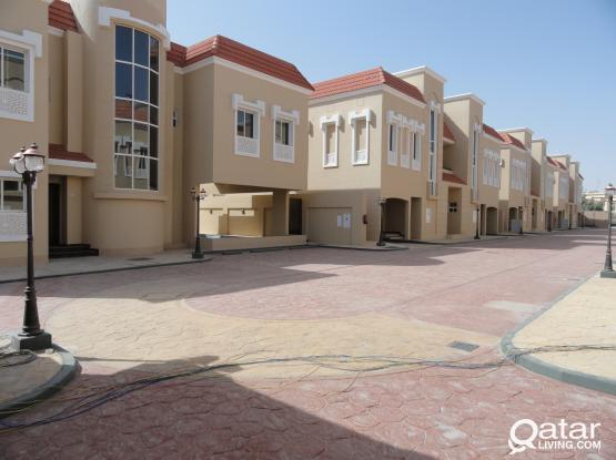 4 bedroom villa with pool for rent in Wakrah