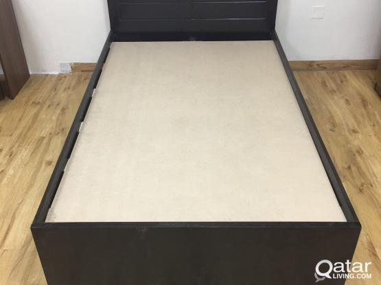 WOODEN BED BRAND NEW CONTACT 33280157