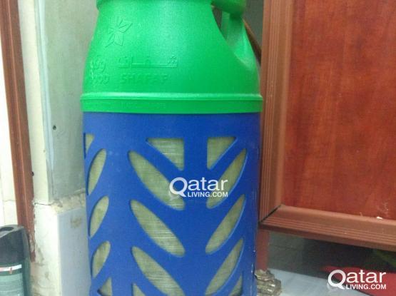 LPG cylinder with regulator