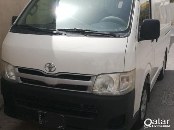 Toyota Hi-Ace 2011