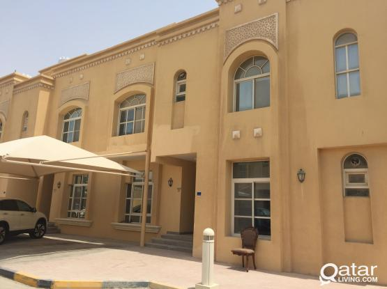 5 bhk compound villa for rent in rayyan
