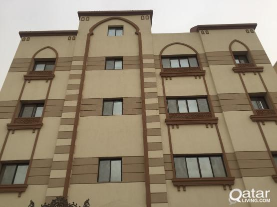 Fully furnished 2BHK flat in apartment