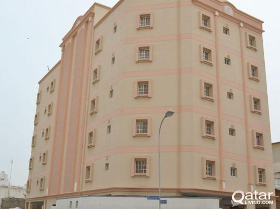 No Commission - Two Bedrooms Unfurnished With Ac Units Located in Al Muntazah