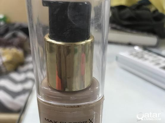 Max factor face finity all day flawless 3 in 1
