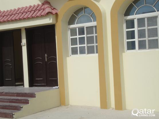DECENT EXECUTIVES / FAMILY studio in AIN KHALED