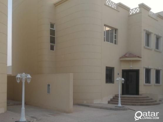 5 bedroom villas for rent in Wakra