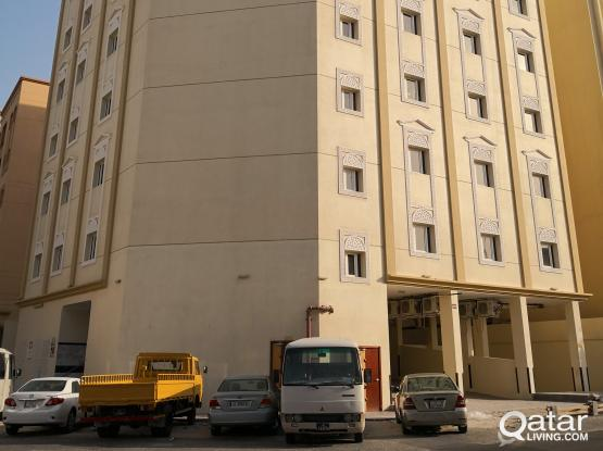 BRANDNEW THREE(3)BHK FLAT AVAILABLE BEHIND TOYOTA TOWER NAJMA!! OCTOBER MONTH FREE!!!!!!!!!
