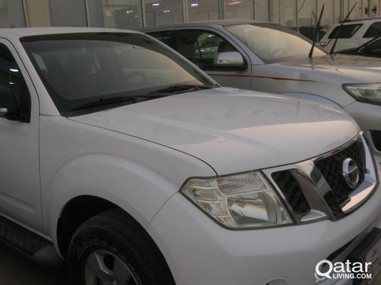 Nissan Pathfinder SE 2014
