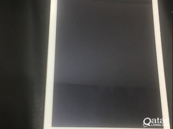"iPad Air one 10"" 32GB + 4G sim - very good condition"